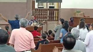 انشد نشيد الحرية + اتبناني المرنم باسم ابراهيم مع خادم الرب الاخ وجيه القط