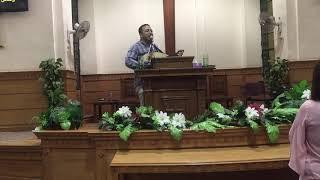 اشواق للبركة المرنم باسم ابراهيم من الكنيسة الاجيلية الثانية بأسيوط