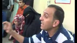 شاب مسيحي يجيب على تساؤلات شيخ سلفي داخل أحد مساجد القاهرة