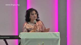 روز عبيد تشارك في تأمل في احتفال عيد الام 2015