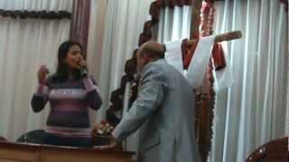 مشهد الآخ ظريف ومشهد  ملوك بلا سلطان من المسرحية
