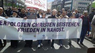 مظاهرات فرانكفورت .. انتفاضة مسيحى أوروبا ضد التطرف الإسلامى
